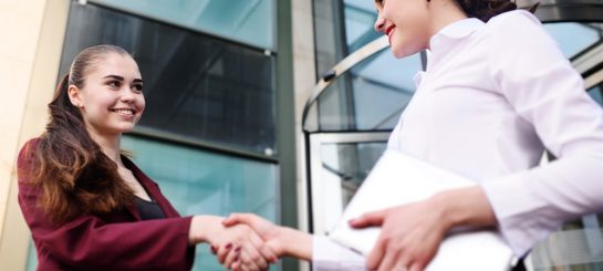 How to Write a Job Description To Attract the Ideal Candidate, in Eight Steps